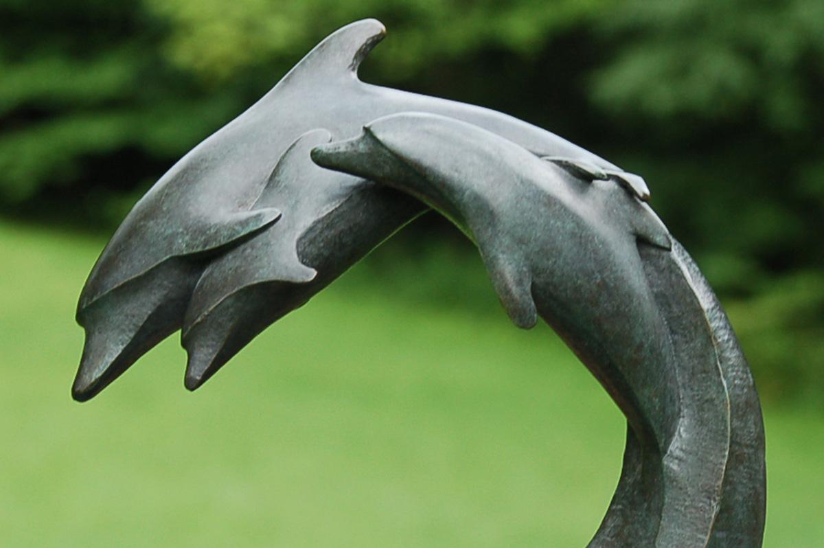 Jim_Sardonis_Dolphin_Family_Model_3
