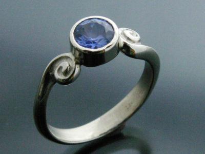 Sardonis - Saphire Ring